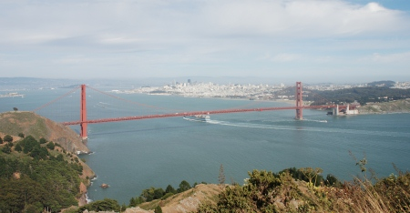 Golden Gate Bridge, no San Francisco Bay