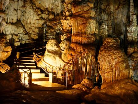 Caverna do Diabo, maior caverna de São Paulo